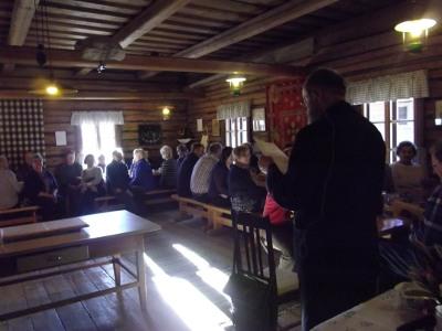 Erkki Lintunen luennoi perunan historiasta 125 herkuttelijalle.
