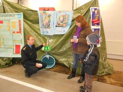 Tässä pelastustielle on menossa Otso Kilkkinen, mukana äiti Hanna Kilkkinen.