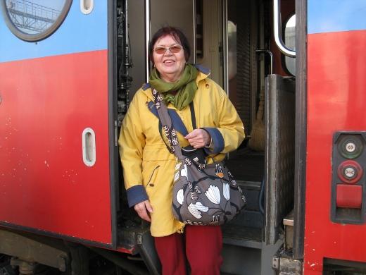 Junat tulivat Mirja Huttuselle tutuiksi pitkällä matkalla.
