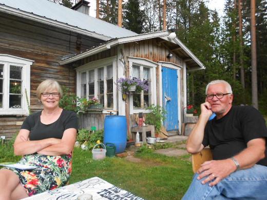 Taneliksi ja Charlotaksi valitut Lindqvistit vierailivat Mäntyperällä.