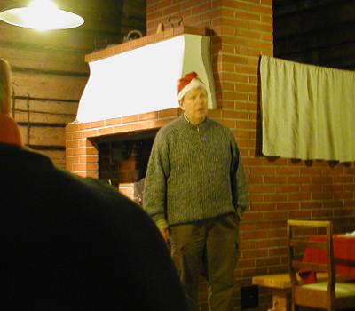 Joulurunoina Markku Peutere esitti Timo Mattilan ja Matti Kurjensaaren runoja.