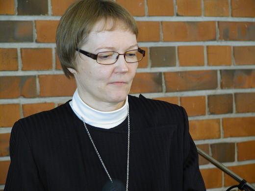 Kirkkoherra Lea Karhinen on 65. Papinhiihtojen isäntä.