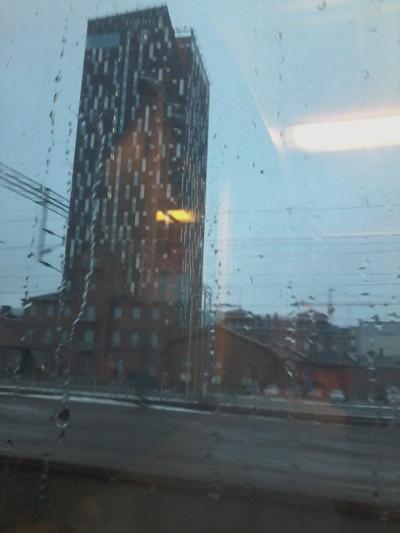 Siinä se nyt seisoo, se tornihotelli. Ihan hieno.