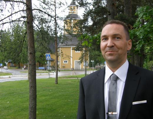 Jussi Stoorilla on jo talo Lemillä, mutta perjantaina hän tuli vielä vain käymään Sulkavalta.