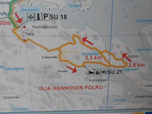 Irja Hannosen polulle pääsee valtatie 13:lta erkanevalta Karkauksentieltä.