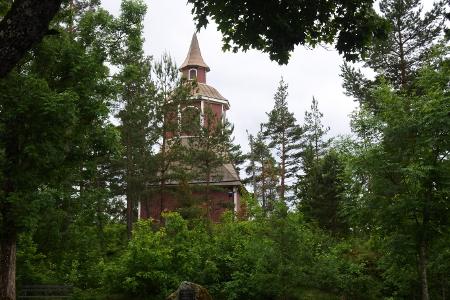 Tapulin rakensi kirkonrakentaja Antti Piimänen vuonna 1754.