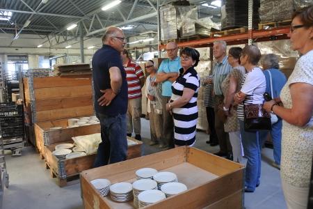 Johtaja Jari Ruuskanen kertoi lemiläisille, että noin 95 prosenttia tuotannosta myydään Suomen Prismoissa.