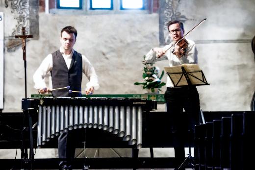 Panu Savolainen (vas.) ja Atte Kilpeläinen.