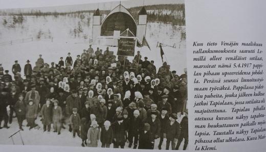 Laululava näkyy myös kuvassa keväältä 1917. Kuva otettu Lemin pitäjänhistorian sivulta.