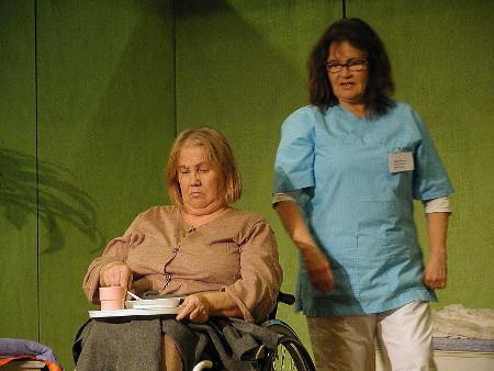 Liisa Haiko (Laimi, vas.) ja Marjo Rüster (Kurre).