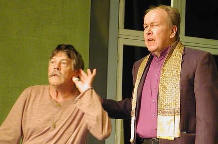 Pentti Kauppi (Valtti, vas.) ja Markku Peutere (Karttunen).