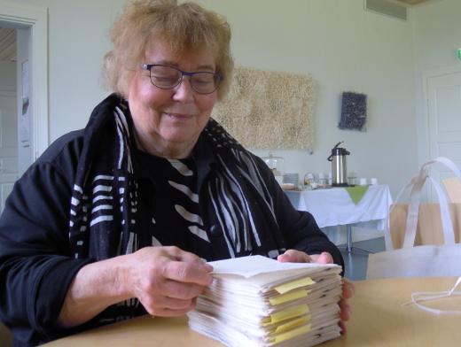 Veikko Ruoppilan sanaliput ovat Mirja Heinisen työn perusta.