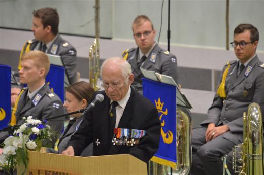 Päätössanat lausui Sotavetraanipiirin puheenjohtaja Erkki Pulli.