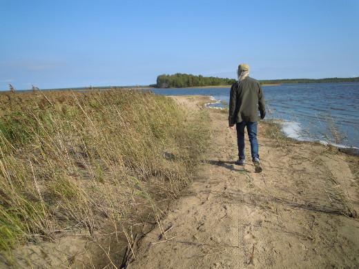 Hiekkarantoja riittää myös Manamansalossa, Oulujärven saaressa.