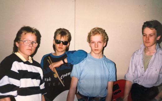 Wendigo 30 vuotta sitten: Jarno Junnonen (vas.), Janne Hyrkäs, Markus Vaalgamaa ja Markus Räipiö.