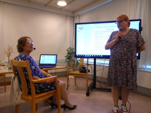 Kuvassa vasemmalla Marja Hilska ja oikealla Tuula Helen Eksotelta.