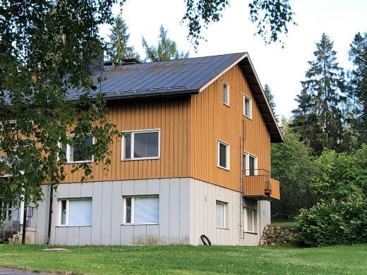 Valituksen tehnyt Pirjo Torvi-Piira muutti pois seurakuntatalon asunnosta lokakuussa.
