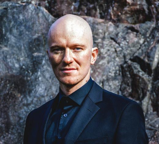 Baritoni Jussi Vänttinen. Kuva Jacob Stewart.