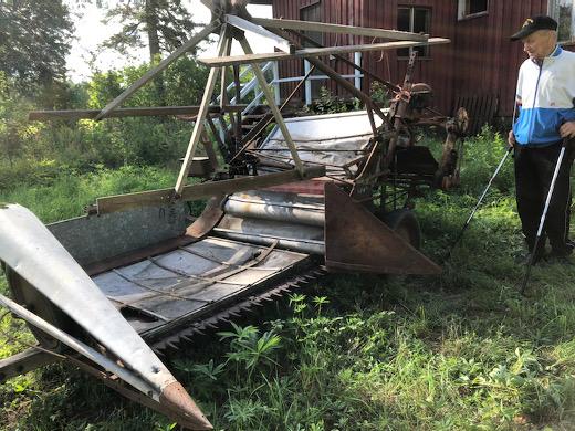 Pertti Haikon isä hankki ruotsalaisen Aros-merkkisen koneen vuonna 1950 - tai vuosi tai kaksi aiemmin.