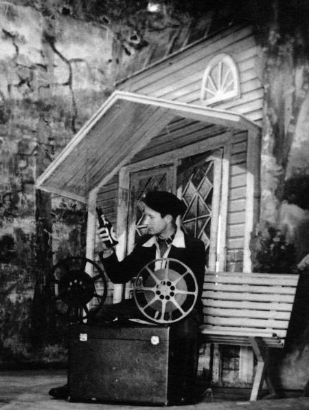 Koneenkäyttäjää ladataan Hyvikkälä 10.3.1948?