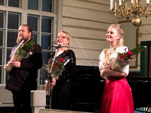 Konsertissa esiityivät Erik Rousi, Jonna Imeläinen ja Marika Hölttä.